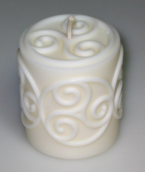 Mould: Candle with celtic triskel (F-my-4)